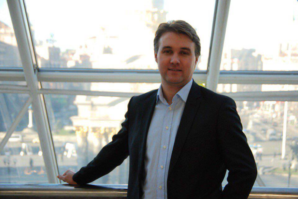 Globus_CEO