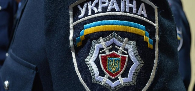 Милиция взяла штурмом офис «Антошки»
