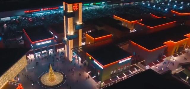 Вдохновляющий рождественский ролик от грузинского ТРЦ East Point