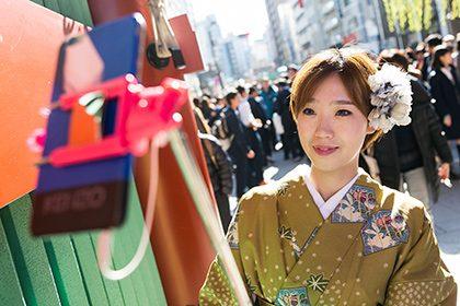 Samsung будет бесплатно раздавать смартфоны туристам