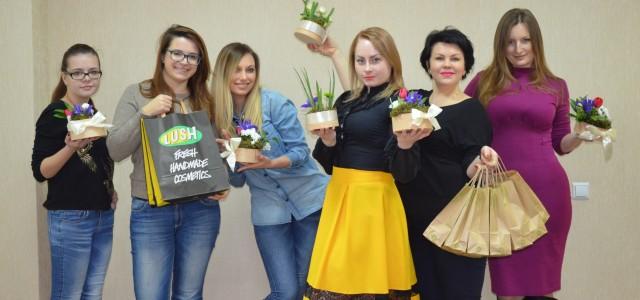 Как RAU поздравляла друзей и партнеров с 8 марта