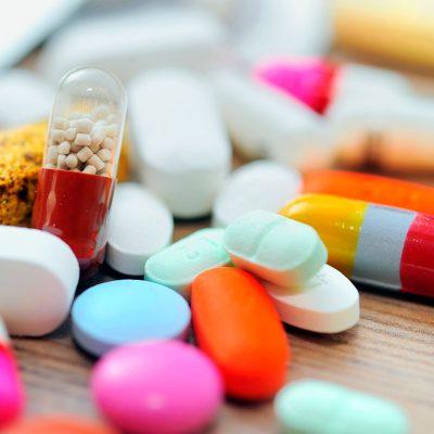 Аптечні мережі не дотримуються рекомендованих державою цін – звіт АМКУ