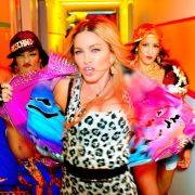 Не вышиванкой единой: Beyonce, Madonna, Jay Z и другие звезды, носящие украинские бренды