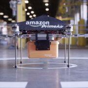Amazon протестировала доставку дроном в общественном месте (+ видео)
