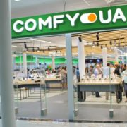 Comfy з льодом: мережа відкрила флагманський магазин в ТЦ Городок (фоторепортаж)