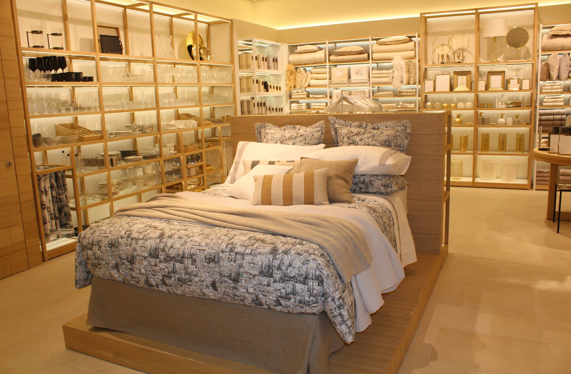 The First Zara Home In Ukraine Opened In The Sec Gulliver