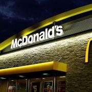 McDonald s открыл второй ресторан в формате «опыт будущего» в Украине ... b4c553ccd9d05