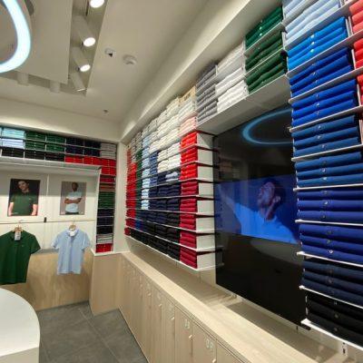 Французький бренд Lacoste відкрив концептуальний бутик у новому форматі в столичному ТРЦ River Mall