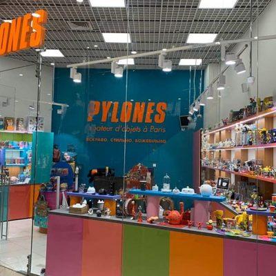 В Україну виходять два нових бренди: італійський fashion-бренд Miss Sixty і бренд подарунків Pylones з Франції
