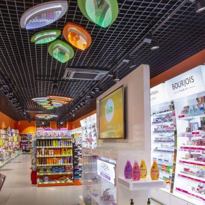 Власний контакт центр Лінії магазинів EVA святкує триріччя