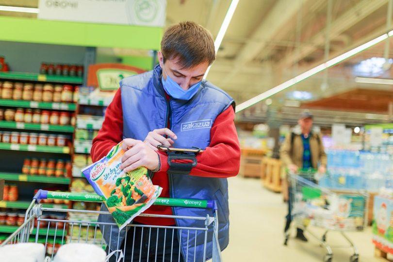 Ажіотаж в мережі: як українські супермаркети справляються зі зростанням онлайн-покупок і попитом на доставку