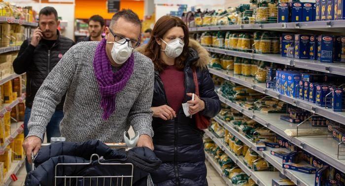 Бес паники: как эпидемия коронавируса в Китае повлияет на украинский ритейл