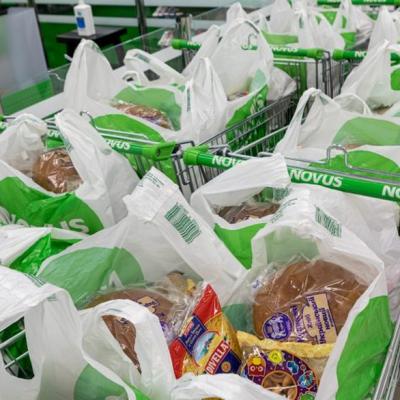 Stolitsa Group і Novus надають 10 000 гуманітарних продуктових наборів малозахищеним киянам