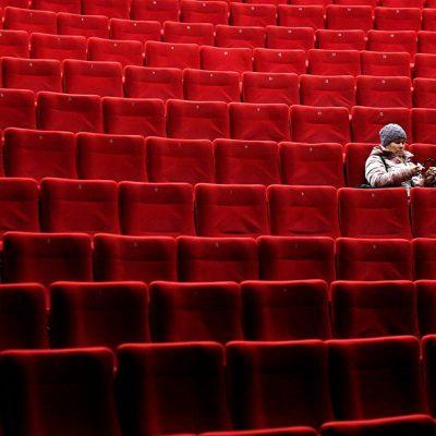 Кино и вирус: насколько упали кассовые сборы в кинотеатрах и как киносети договариваются с ТРЦ