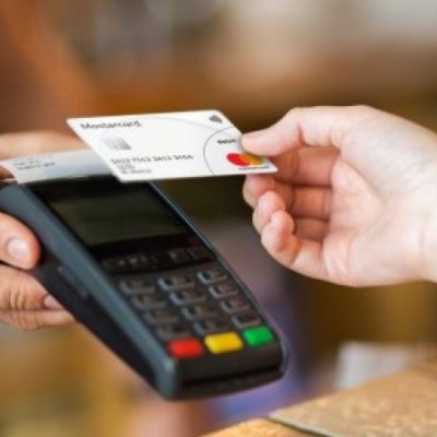 ПриватБанк запускає сервіс «Готівка на касі» в магазинах Сільпо, Фора і Varus