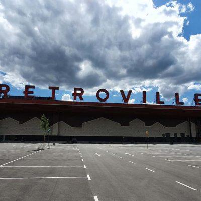 Город на Виноградаре: как выглядит ТРЦ Retroville за неделю до открытия (фоторепортаж)