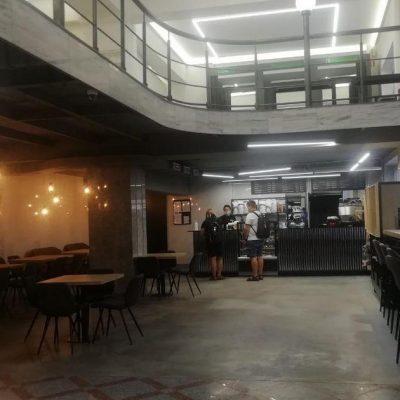 Слідами Сільпо: Rozetka відкрила власне кафе в магазині в Головпоштамті