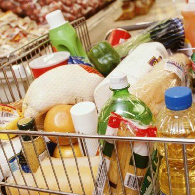 Продуктовые ритейлеры требуют пересмотреть процедуру госрегулирования цен на соцтовары