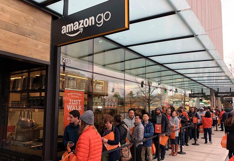 38a408fa535e Также Amazon представила новый онлайн-магазин исключительно для среднего и  малого американского бизнеса Amazon Storefronts. В нем представлено 25  категорий ...