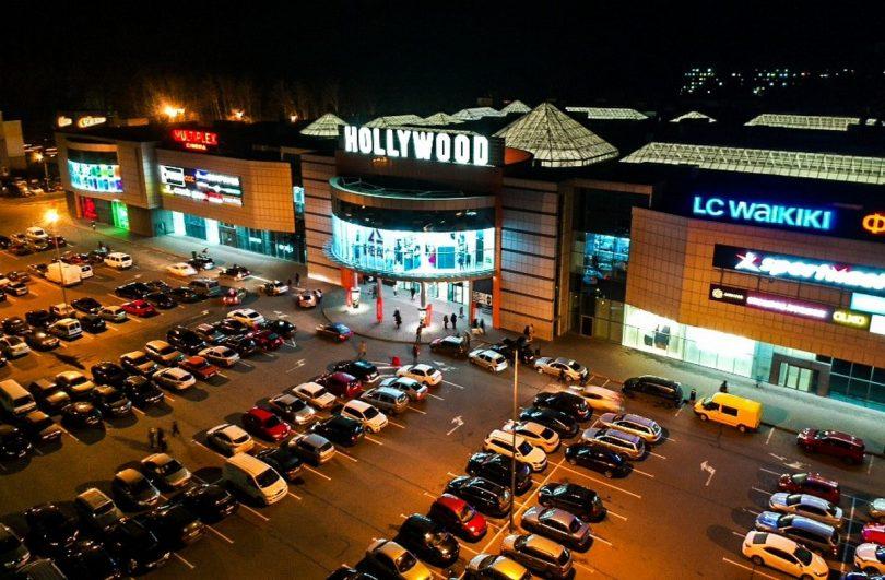 Кейс ТРЦ Hollywood: як завдяки новим сервісам посилити свої позиції в регіоні