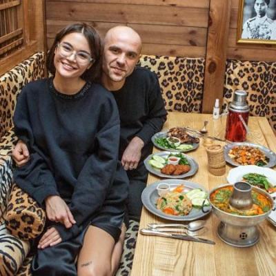 """З азійським привітом: як створюють і розвивають свої ресторани засновники закладів """"В'єтнамський привіт"""", """"Китайський привіт"""", """"Тайський привіт"""""""