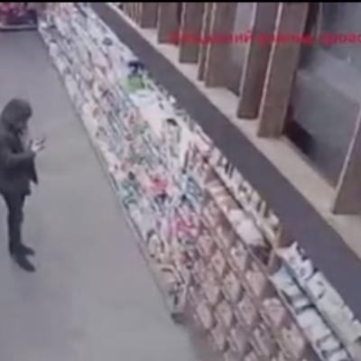 Неизвестный устроил провокацию в маркете Novus в Новых Петровцах