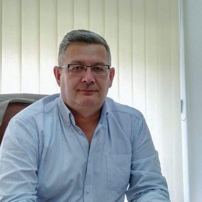 Віктор Мольченко, Наш Край: Краще десь допустити помилку, ніж упустити момент